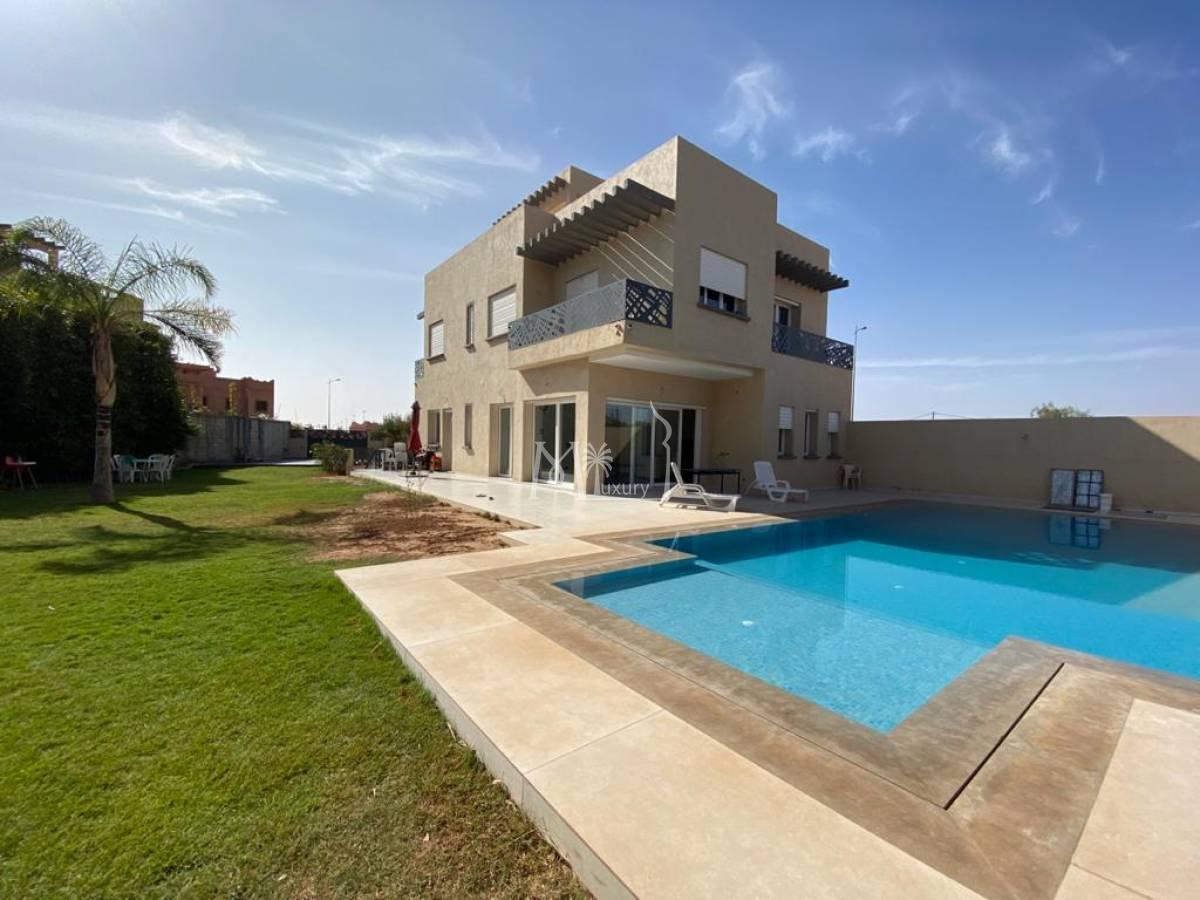 Villa contemporaine à vendre Palmeraie