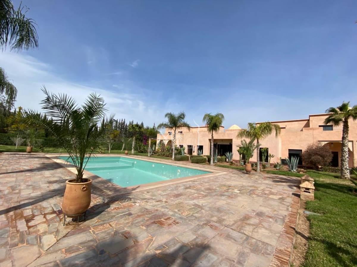 Sublime propriété sur la route d'Ouarzazate