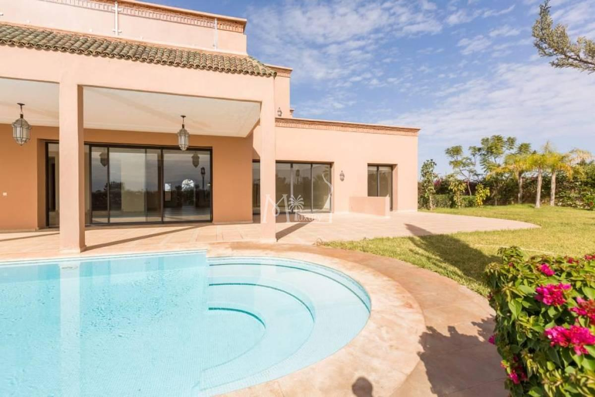 Luxueuse villa sur le Golf Amelkis