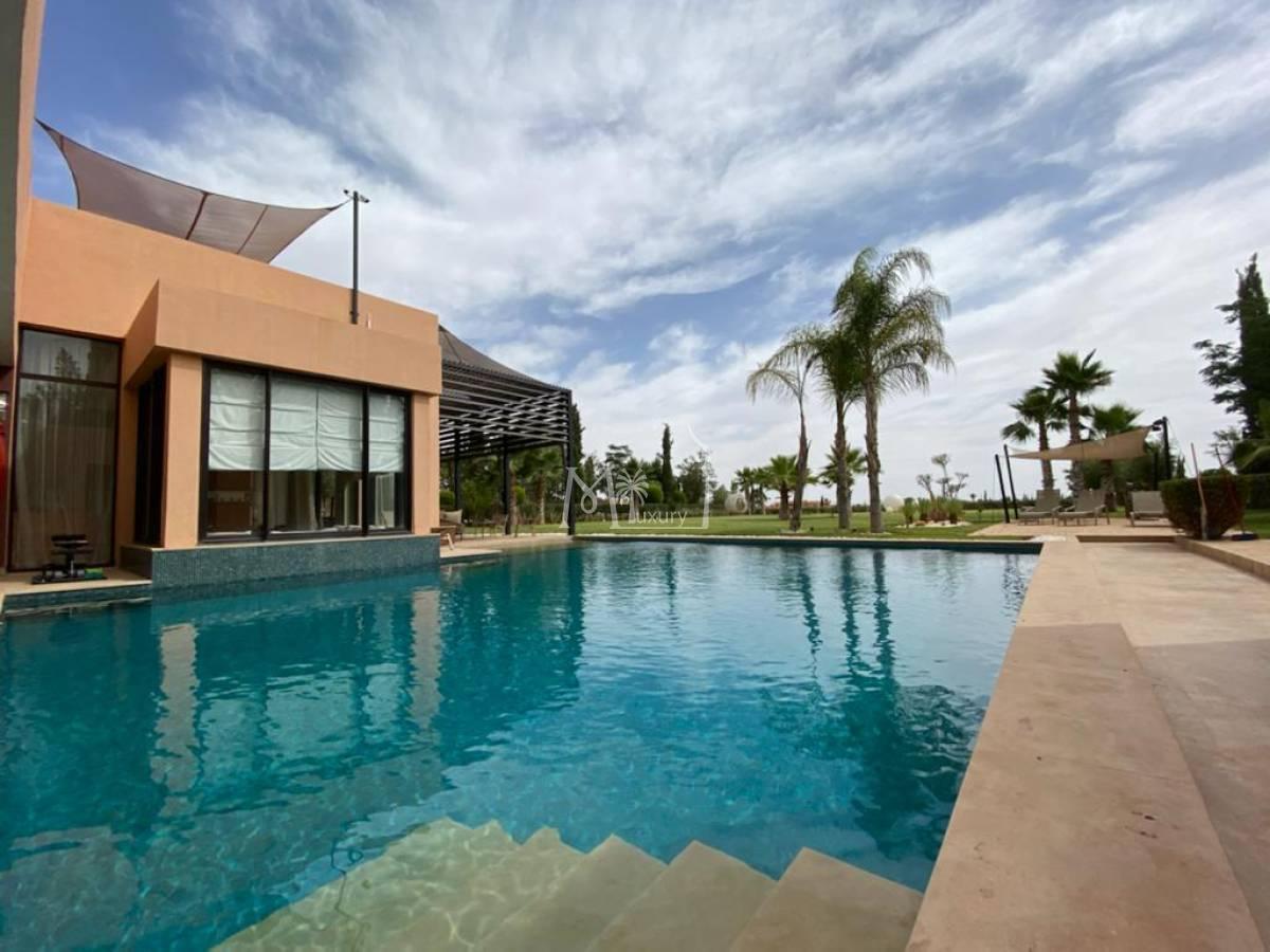 Luxueuse villa sur Golf Amelkis