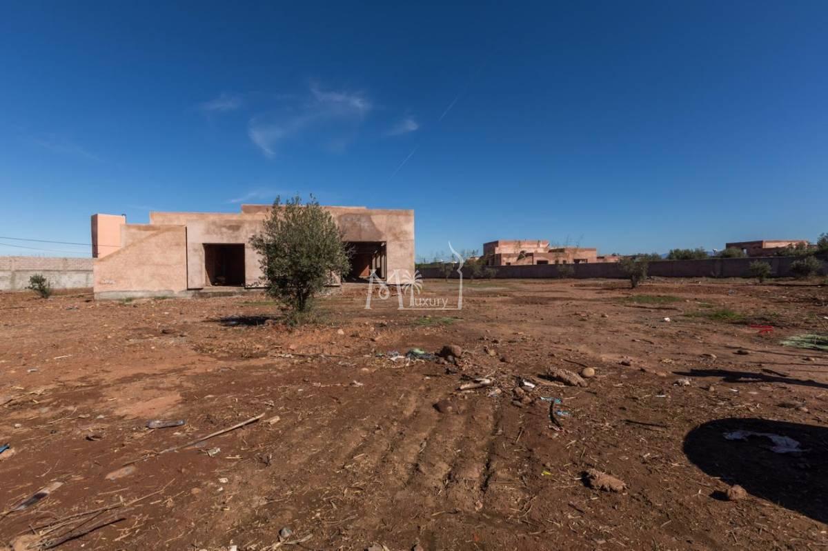 Villa en gros oeuvre route de l'Ourika