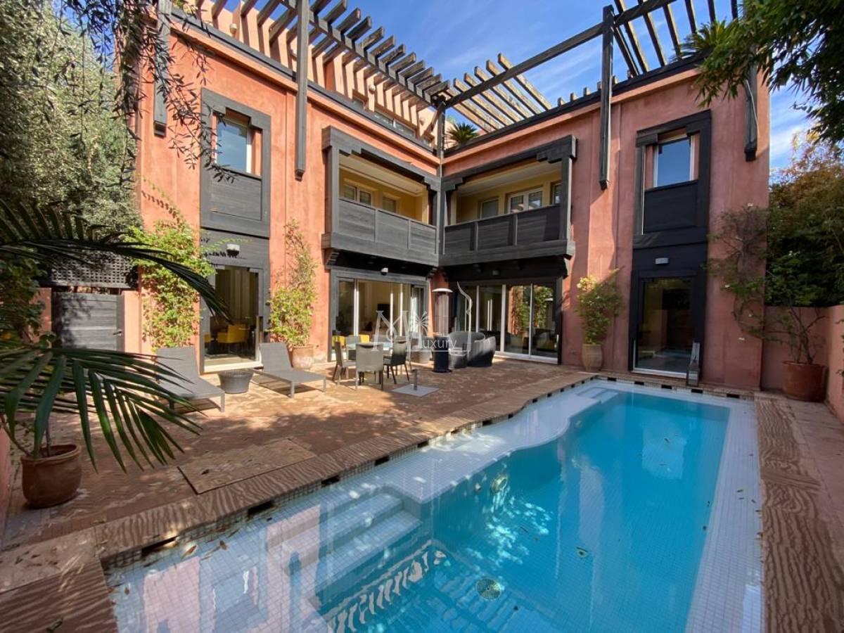 Superbe villa à vendre à Bab Doukkala