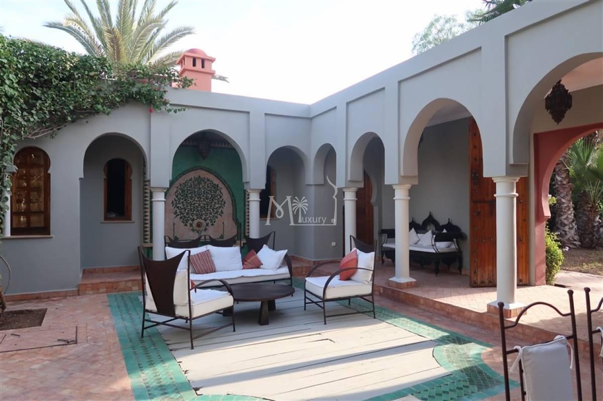 Villa style riad à vendre Palmeraie